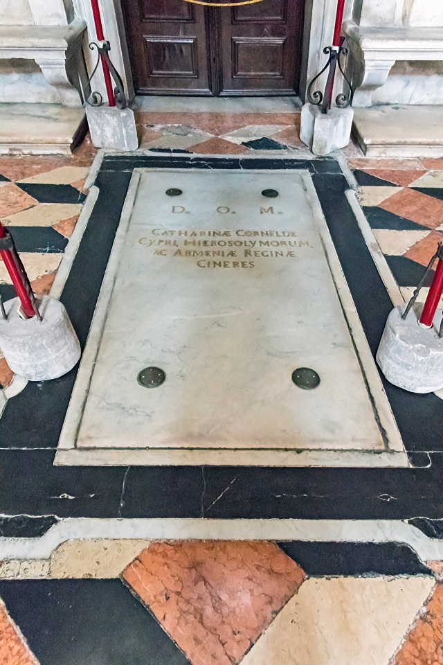 San Salvador Interno - Tomb of Caterina Cornaro